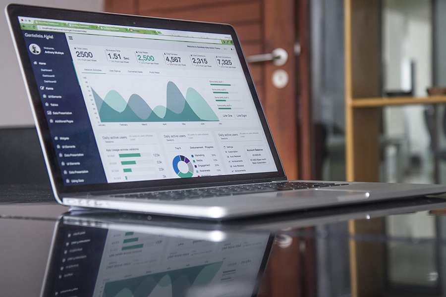 Reasons You Need To Look at Your Financial Reports EVERY month